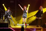 38506-gs-concert-2ne1-performance
