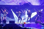 38514-gs-concert-2ne1-performance
