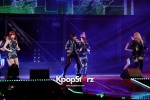 38516-gs-concert-2ne1-performance
