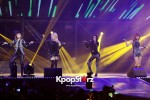 38524-gs-concert-2ne1-performance