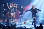 38526-gs-concert-2ne1-performance