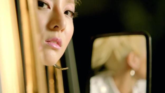 2NE1 - FALLING IN LOVE M_V 2716