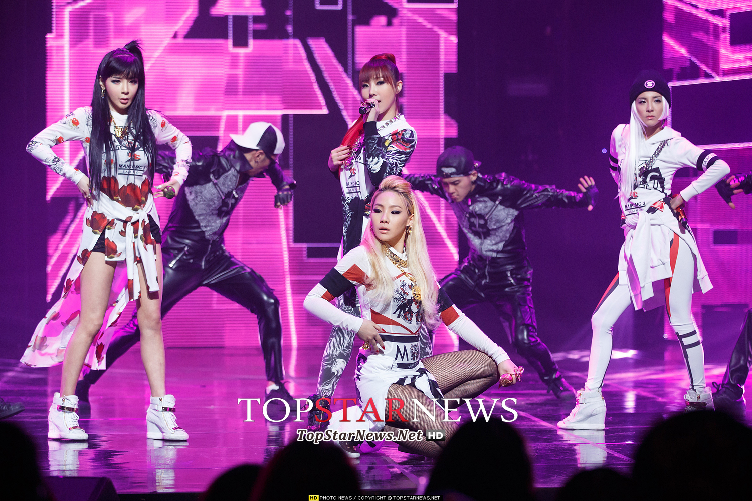 press photos 140320 fierce 2ne1 performs come back home on m