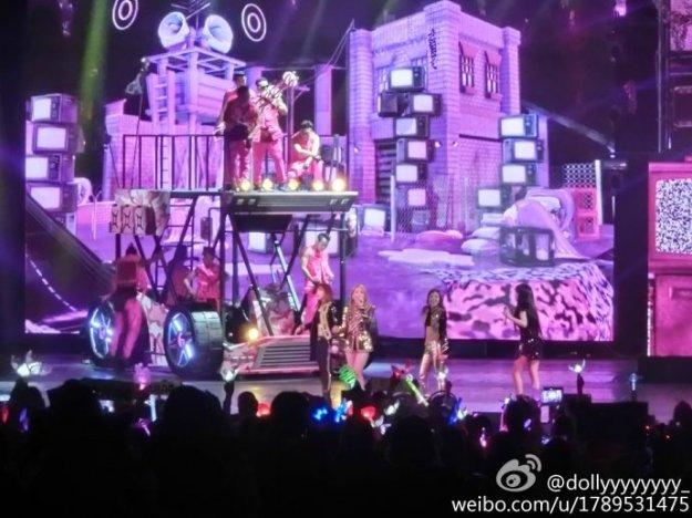 2NE1-AONinShanghai-HQ-4