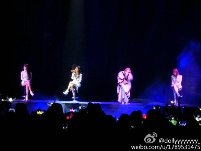 2NE1-AONinShanghai-HQ