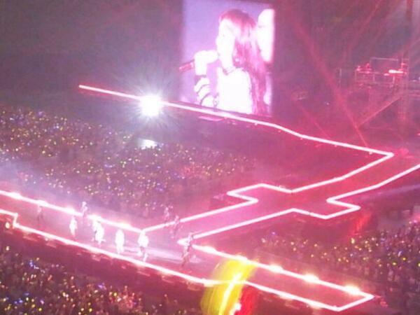 2NE1-YG Family Concert-D1