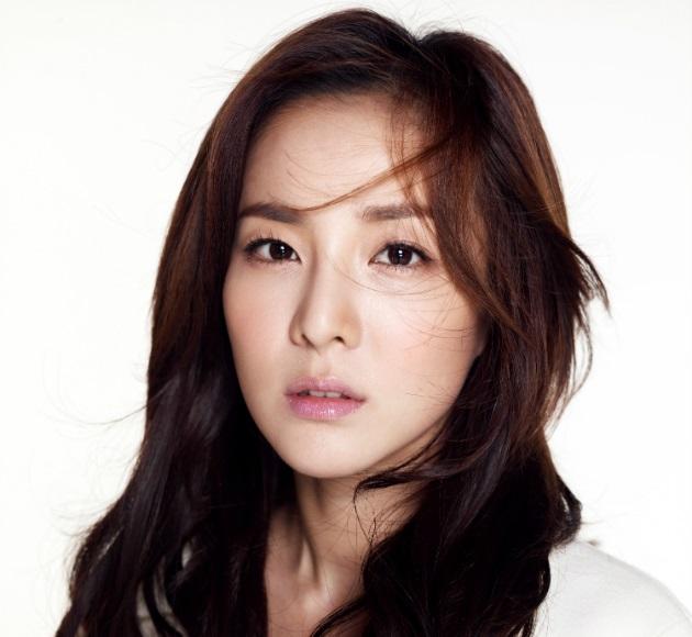 Dara So Dam Lee So Dam Dr. Mo Clinic