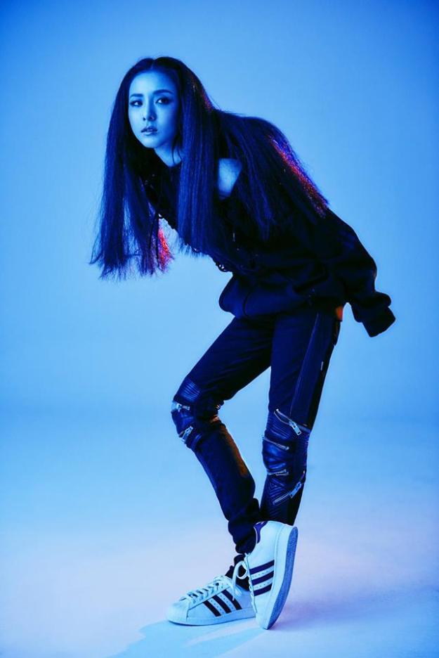 Adidas 2NE1 - 2-15 Campaign 2