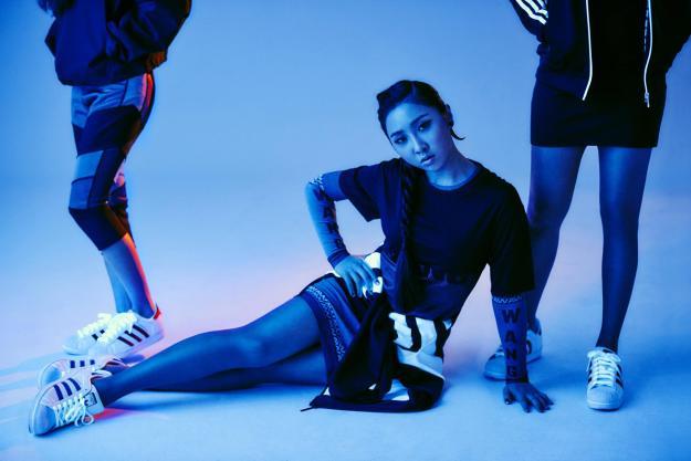Adidas 2NE1 - 2-15 Campaign 4