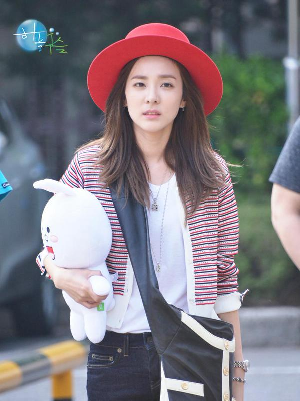 150501 Fantaken Dara at KBS Music Bank 11