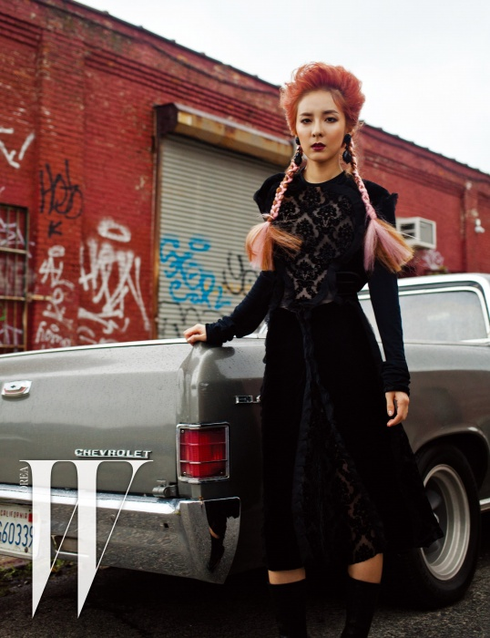 Dara-W Korea-November 2015-3