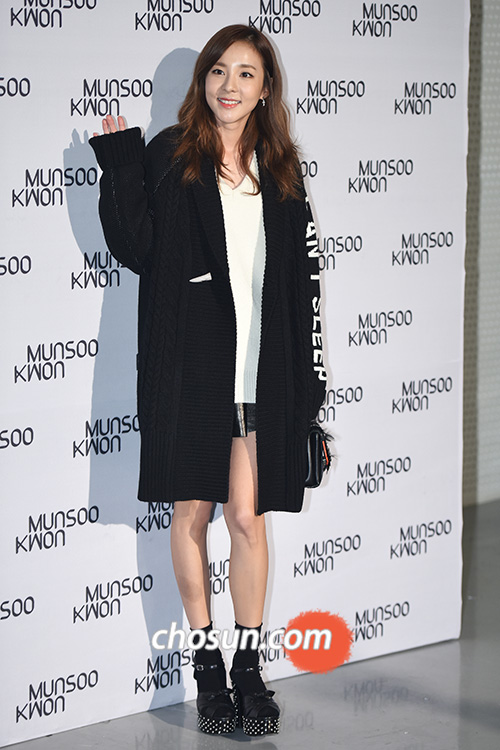 Seoul Fashion Week-Munsoo Kwon-Dara-52