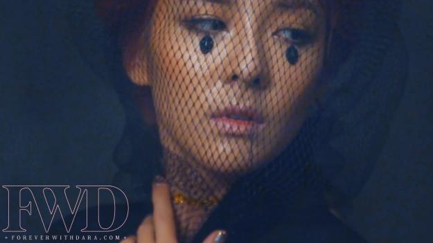 Dara x Givenchy 26