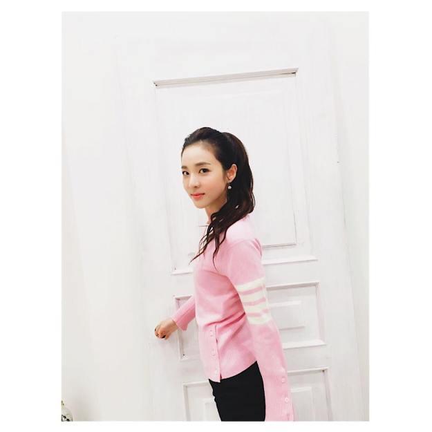 160223-Dara-Instagram-1