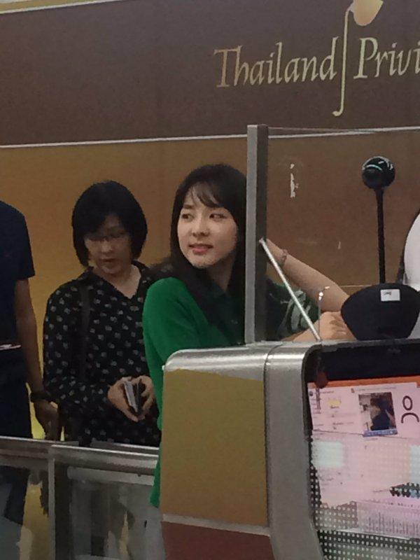 Airport-Leaving-Bangkok-Dara-11
