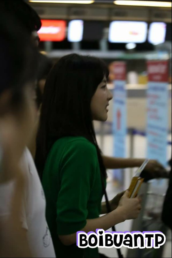 Airport-Leaving-Bangkok-Dara-13