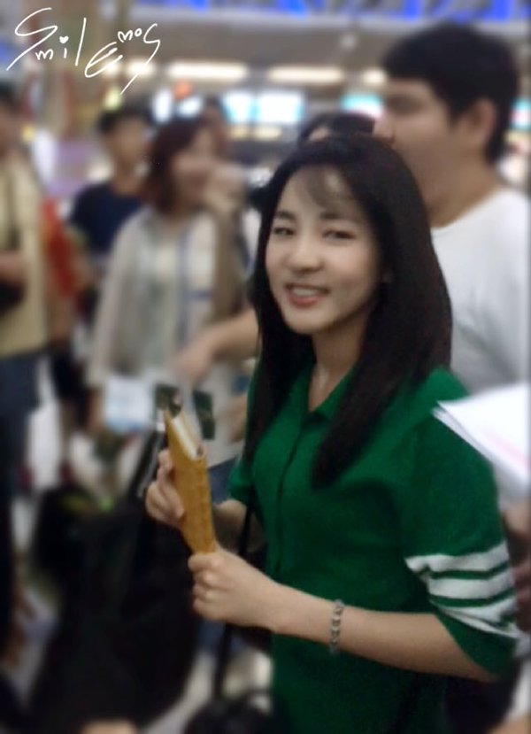 Airport-Leaving-Bangkok-Dara-15
