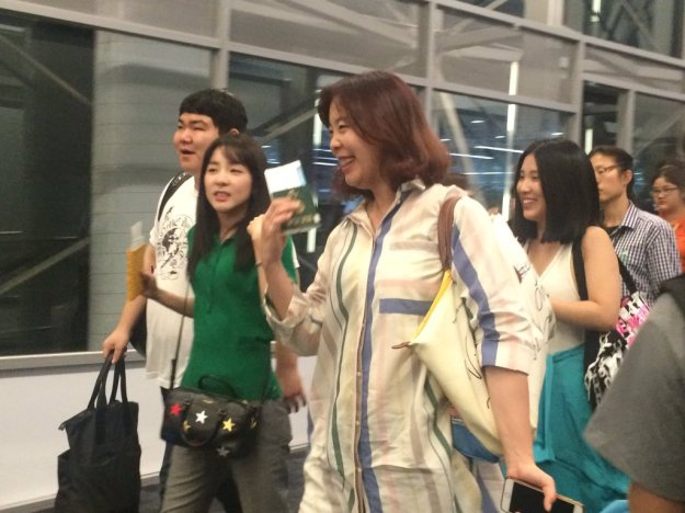 Airport-Leaving-Bangkok-Dara-32