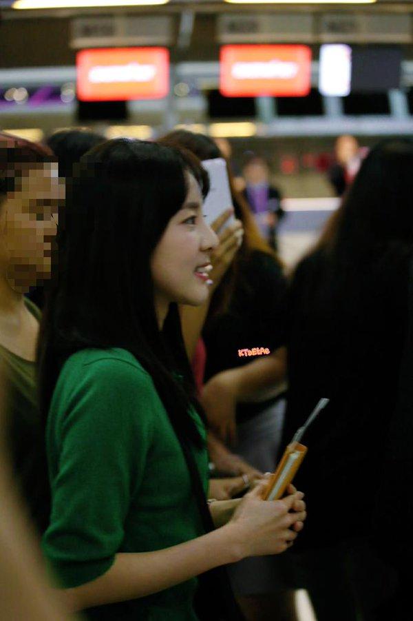 Airport-Leaving-Bangkok-Dara-9