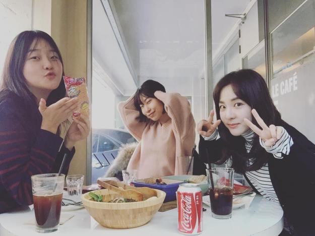 Dara-Hyoni-We Broke Up-160221-1