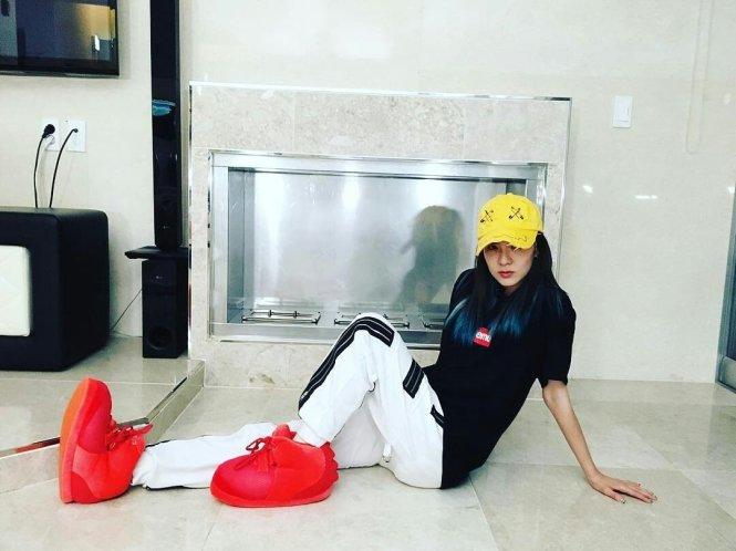 1606013-Dara-Instagram-3