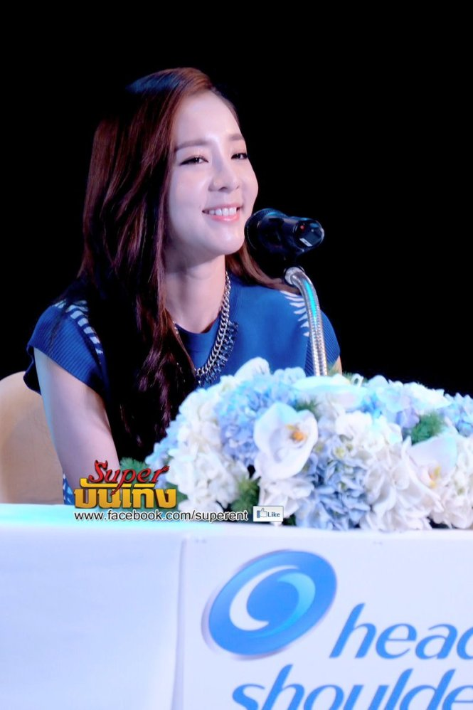 Head & Shoulders-TriAction-Event-Dara-18