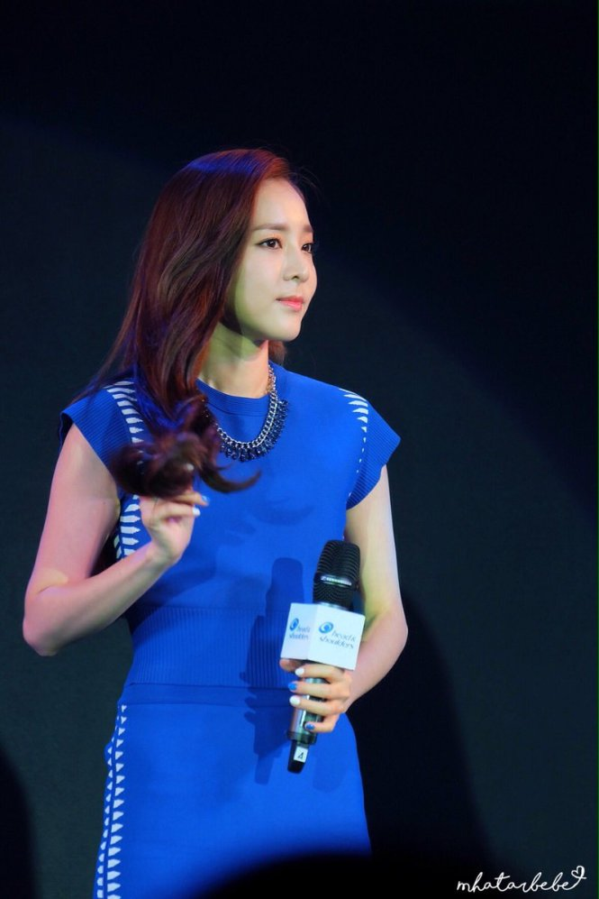Head & Shoulders-TriAction-Event-Dara-34