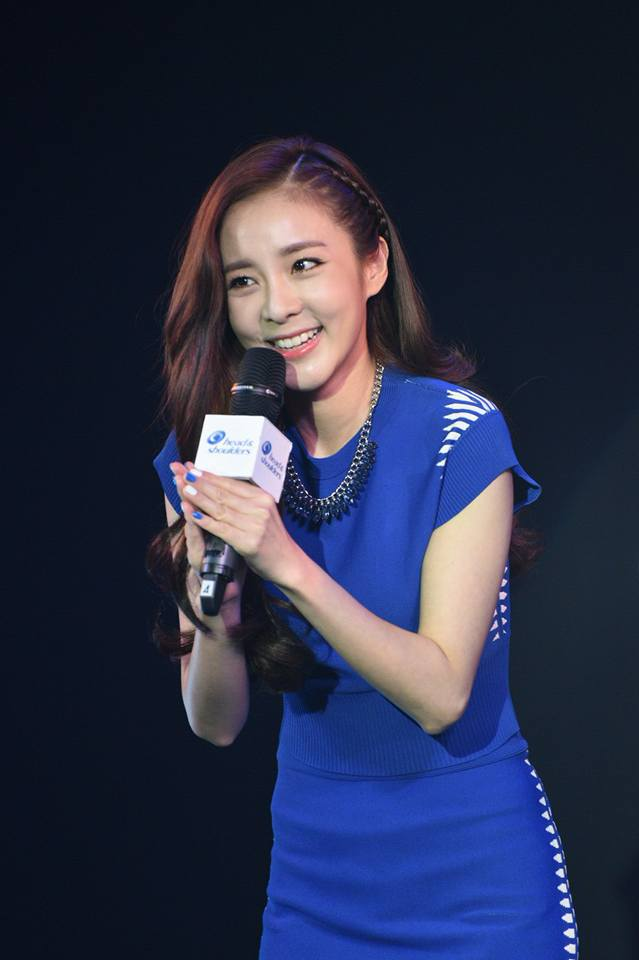 Head & Shoulders-TriAction-Event-Dara-41