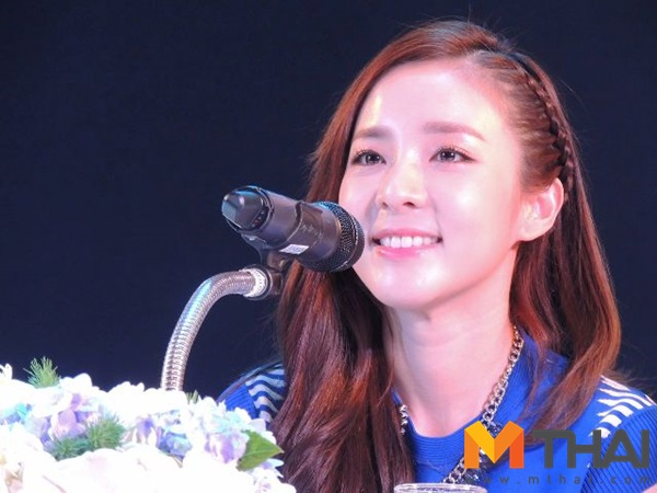 Head & Shoulders-TriAction-Event-Dara-45