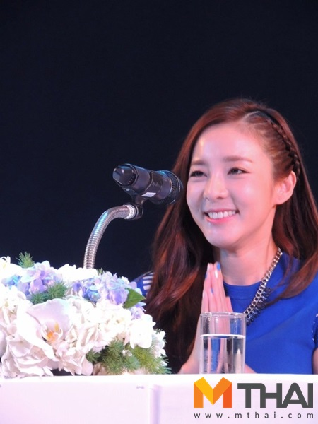 Head & Shoulders-TriAction-Event-Dara-47
