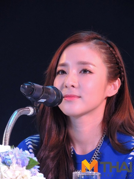Head & Shoulders-TriAction-Event-Dara-49