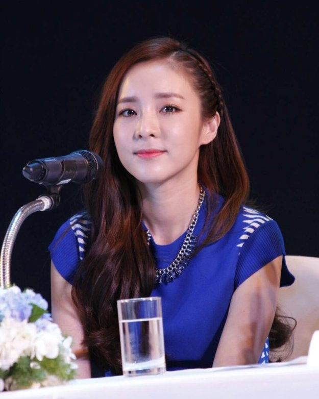 Head & Shoulders-TriAction-Event-Dara-55
