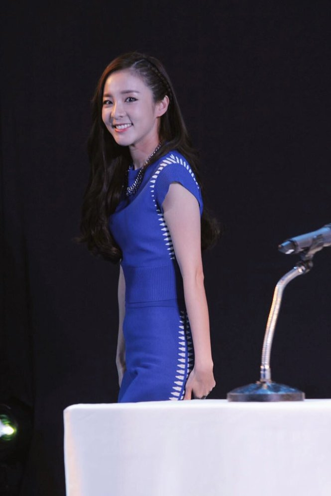 Head & Shoulders-TriAction-Event-Dara-57