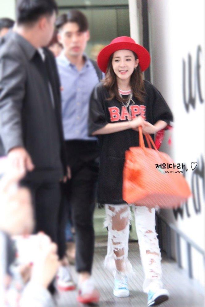 Leaving-Dara-5