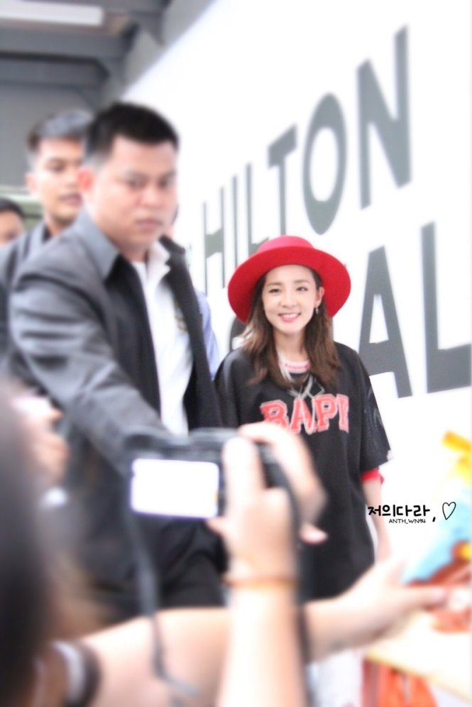 Leaving-Dara-6