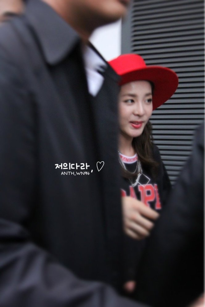 Leaving-Dara-7