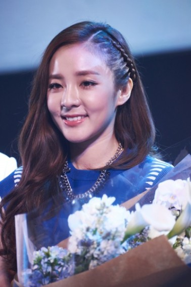 160624-Dara-Head-&-Shoulders-PressCon-10