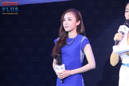 160624-Dara-Head-&-Shoulders-PressCon-22