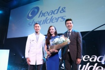 160624-Dara-Head-&-Shoulders-PressCon-42