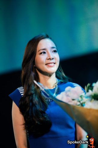 160624-Dara-Head-&-Shoulders-PressCon-49