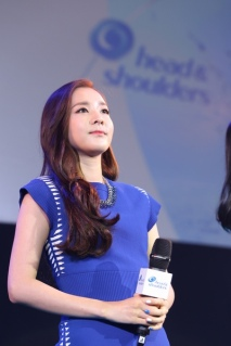 160624-Dara-Head-&-Shoulders-PressCon-5