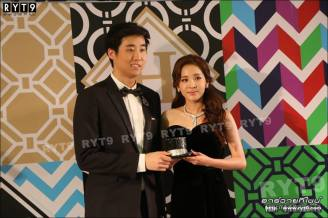 Press-Photos-Judith-Leiber-Dara-L-30