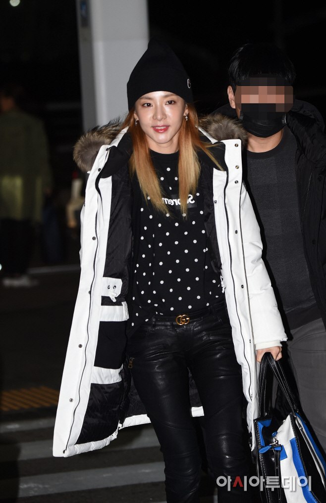 161117-dara-incheon-3