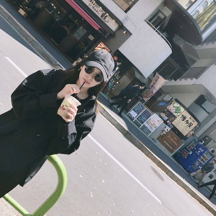 8695a06b77f6 [SNS UPDATES] 170426 Dara Uploads a Series of Late Post Photos in Japan –  Forever With Dara