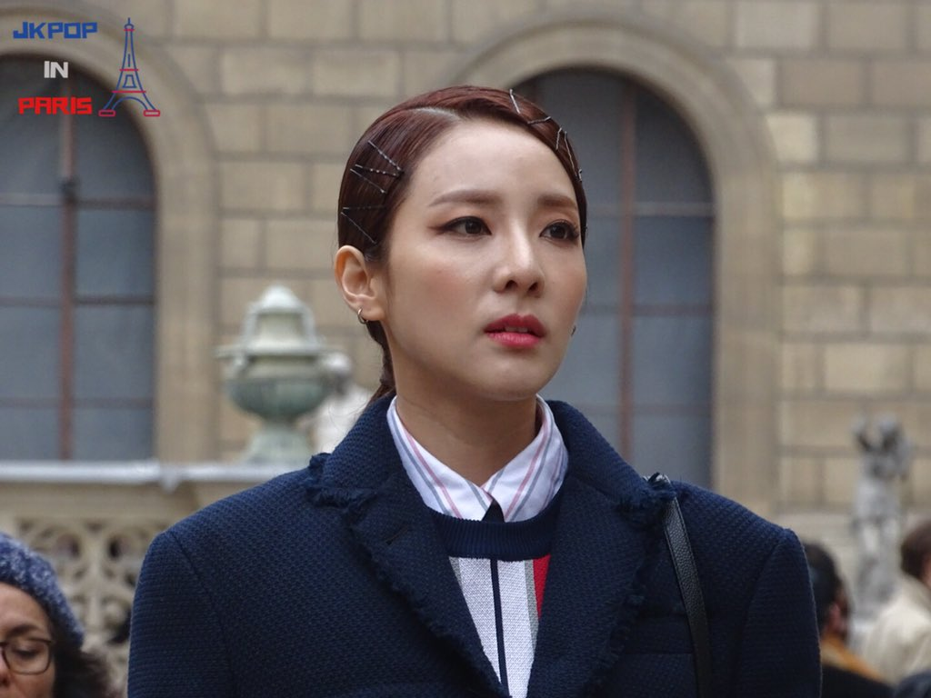We know Dara\u0027s aiming for a \u201cworking lady\u201d style with her Thom Browne  outfit, but let\u0027s be honest she turned out looking like a student attending  a very